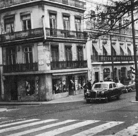 Imagem antiga do edifício onde hoje é a loja da Maria João Bahia na Avenida da Liberdade, em Lisboa.